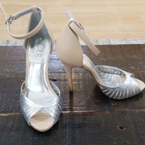 BCBG Paris open toe heel with ankle strap. Sz 7B
